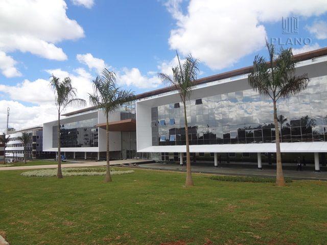 Salas/conjuntos em Zona Industrial, Brasília - DF